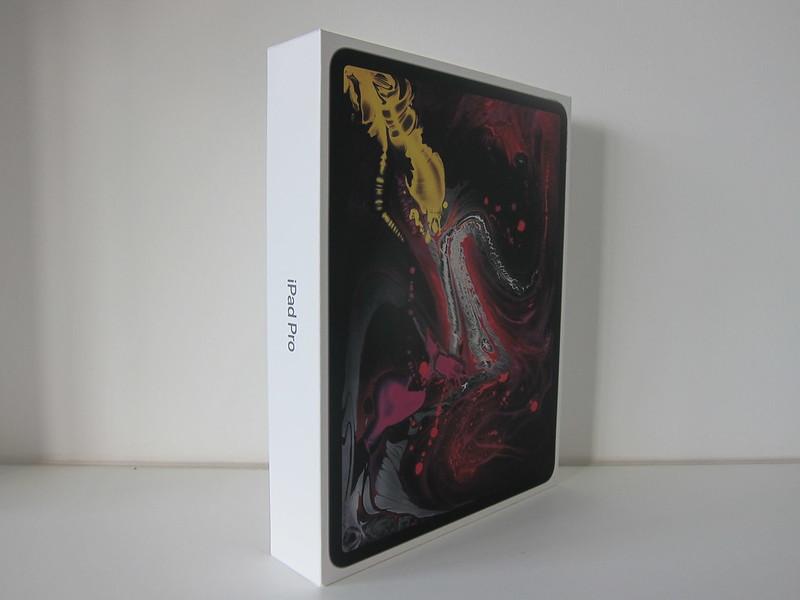 Apple iPad Pro 12.9 Inch (3rd Generation) (Space Grey 256GB) (Wi-Fi + Cellular) - Box