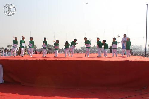 An item titled Struggle played by kids, Malviyanagar Delhi
