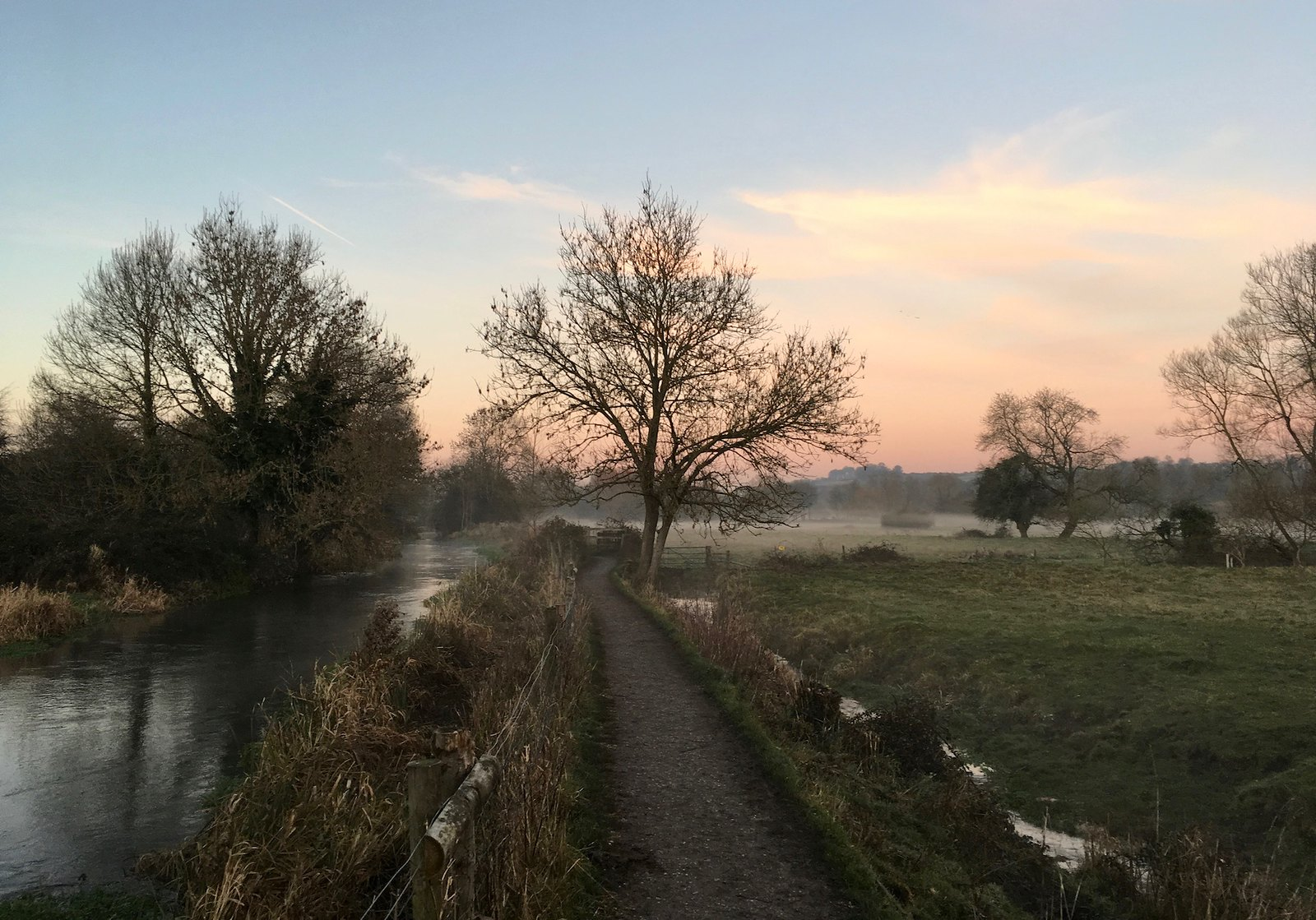 Ground mist along the Itchen Winchester Circular walk