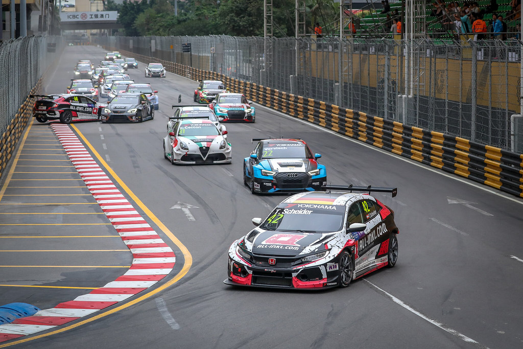 Start of Race 2, 42 SCHEIDER Timo (aut), Honda Civic TCR team ALL-INKL.COM Munnich Motorsport, action during the 2018 FIA WTCR World Touring Car cup of Macau, Circuito da Guia, from november  15 to 18 - Photo Alexandre Guillaumot / DPPI