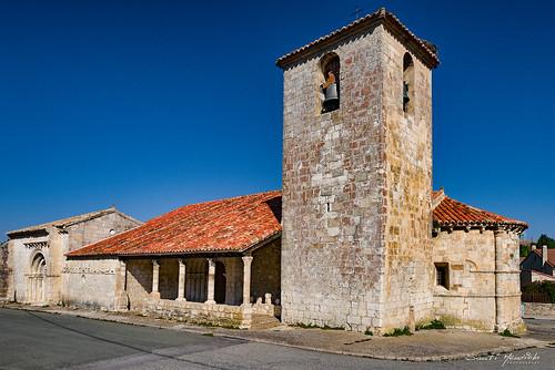 Iglesia de San Bartolome y Capilla de San Galindo