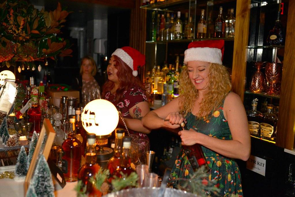 The Dizzy Fizz Holiday Spirits Bazaar (15)