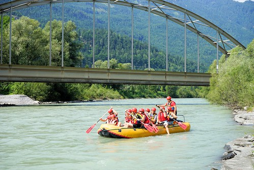 Schlauchbootfahren Rafting Drau