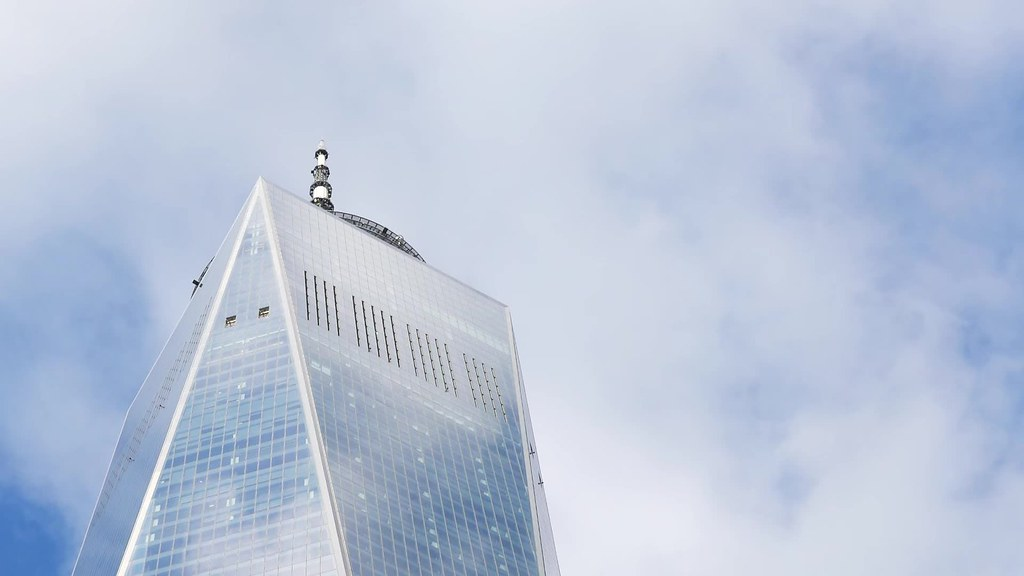 One WTC Cloud Zoom TL Clip 14-112518 HD with music