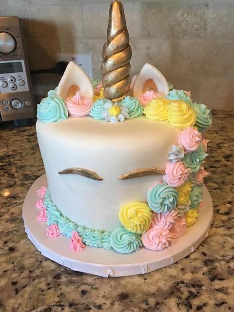 Unicorn Cake by Maritza Matias of Isha's Cakes