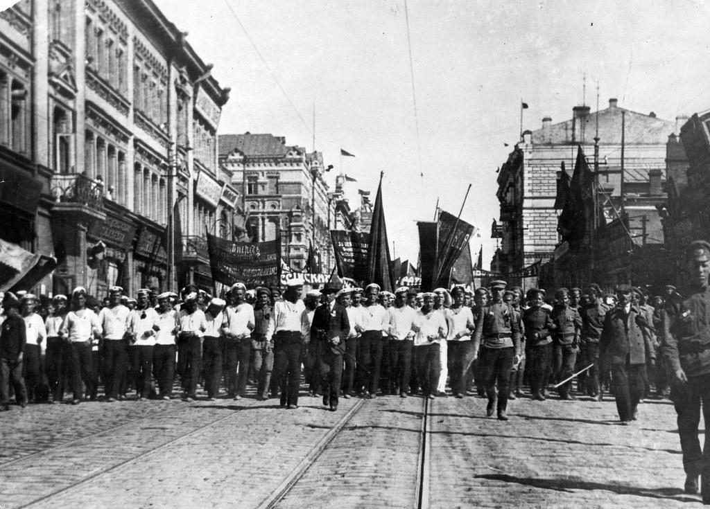 Демонстрация моряков во Владивостоке