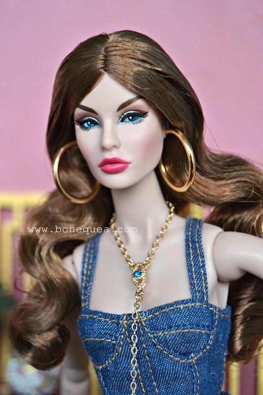 Eye Candy Rayna Ahmadi