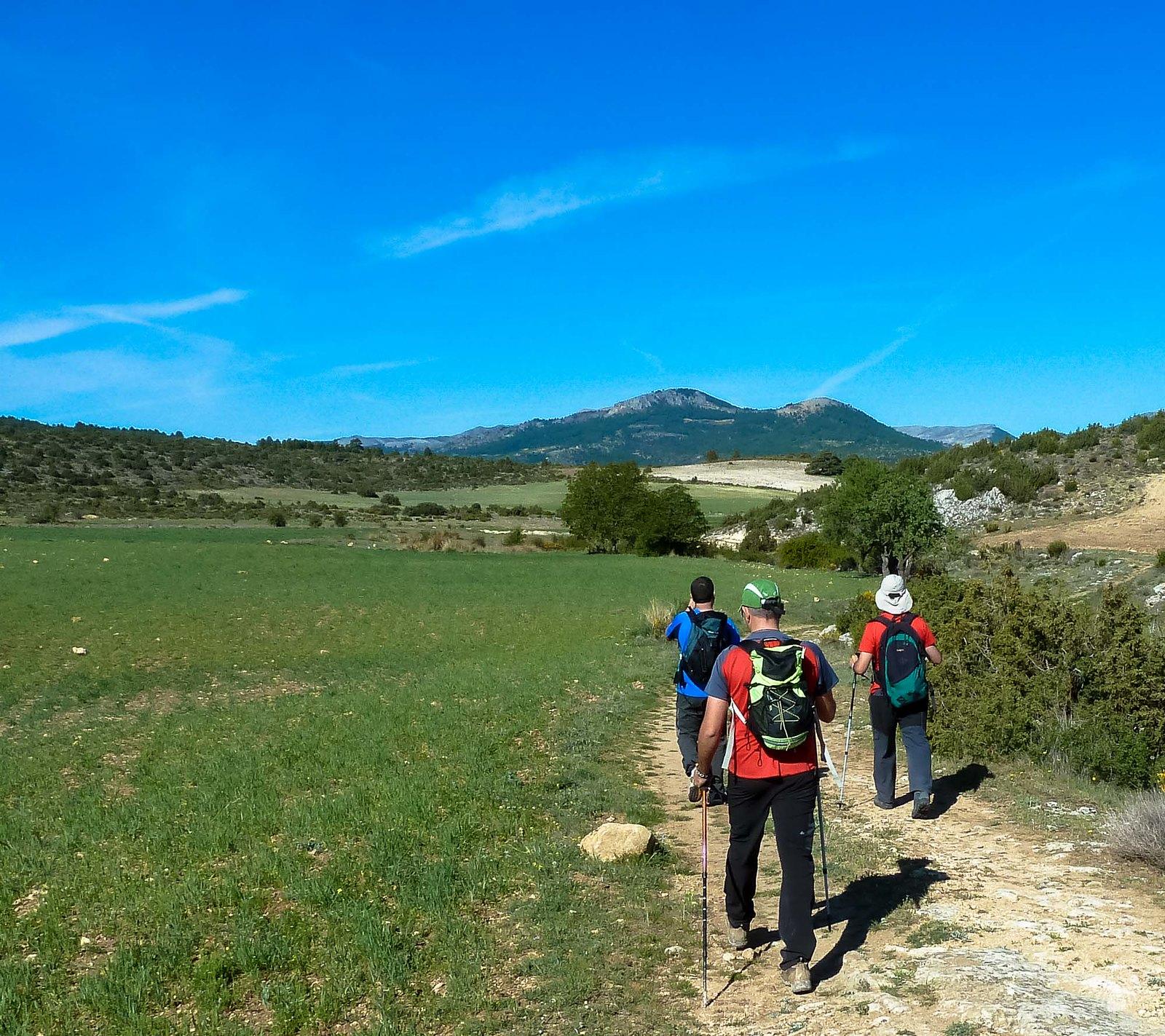 Caminamos hacia los Macalones