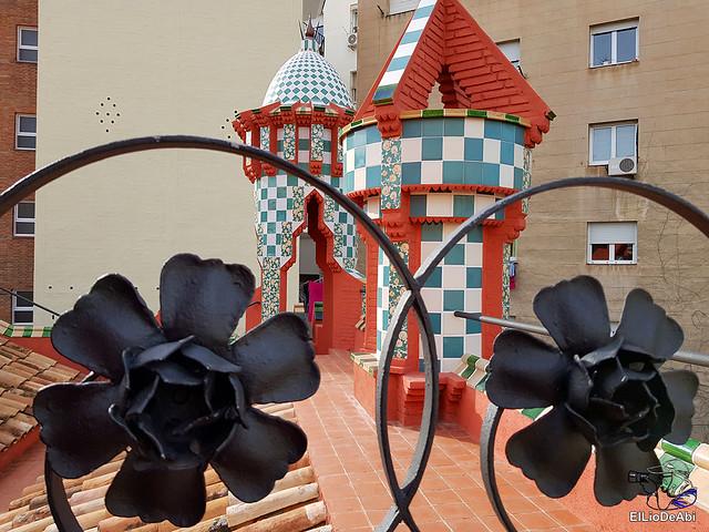 Casa Vicens primera casa modernista diseñada por Gaudi (22)