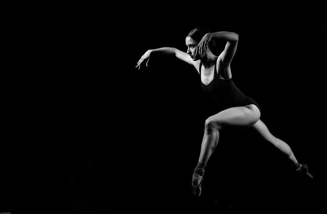 Ballerina in B&W, RICOH PENTAX K-1, HD PENTAX-D FA 24-70mm F2.8 ED SDM WR