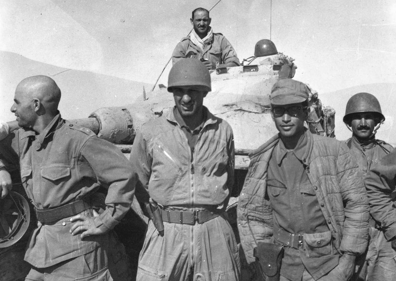 Photos - Guerre des Sables - 1963 - Page 8 46676884774_b0709db482_o