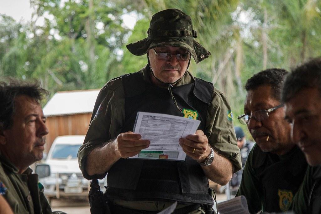 Bolsonaro exonera diretor do Ibama odiado por grileiros e madeireiros na Amazônia, luciano Evaristo, diretor do Ibama