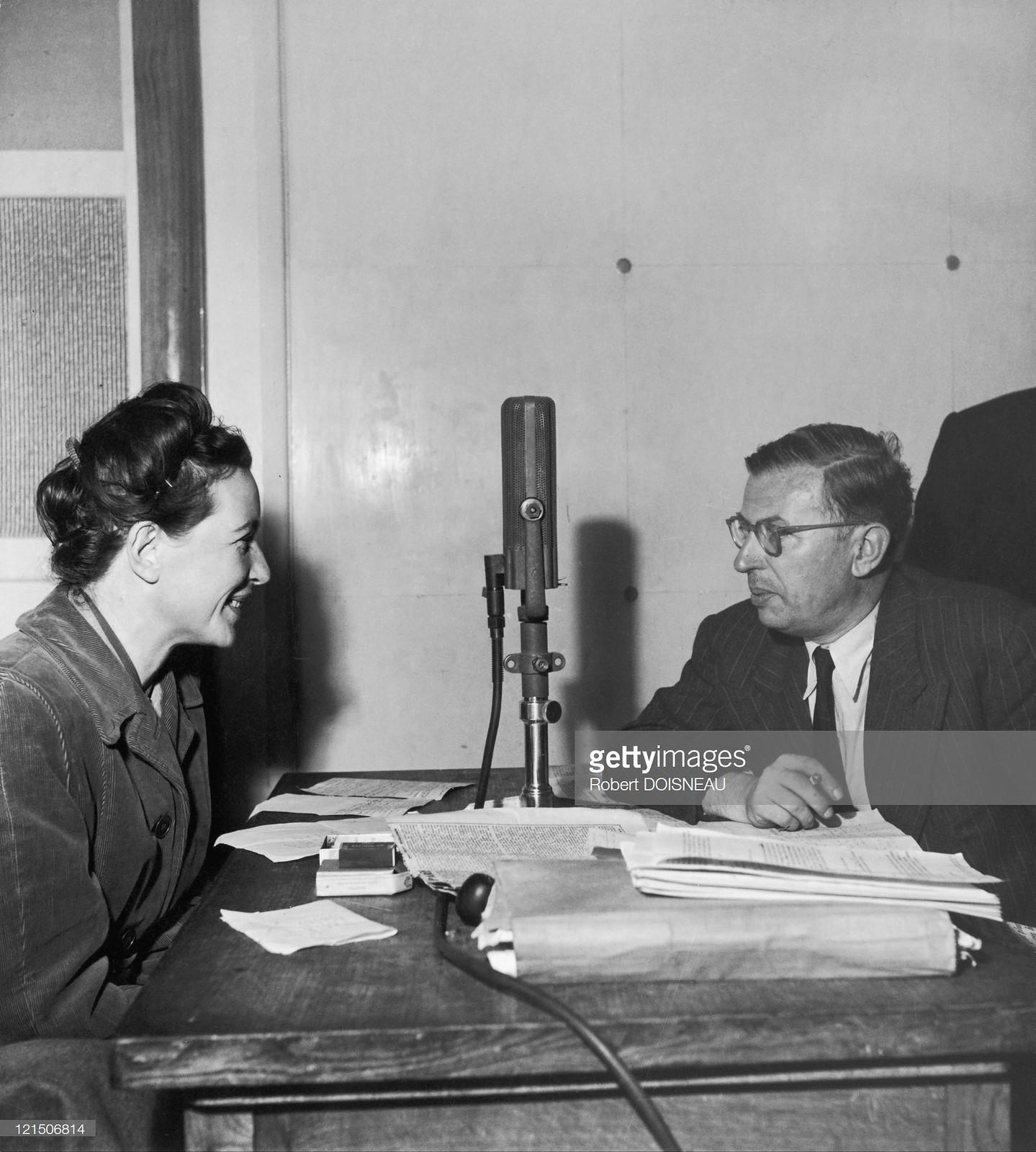 1945. Симона де Бовуар и Жан-Поль Сартр в Париже